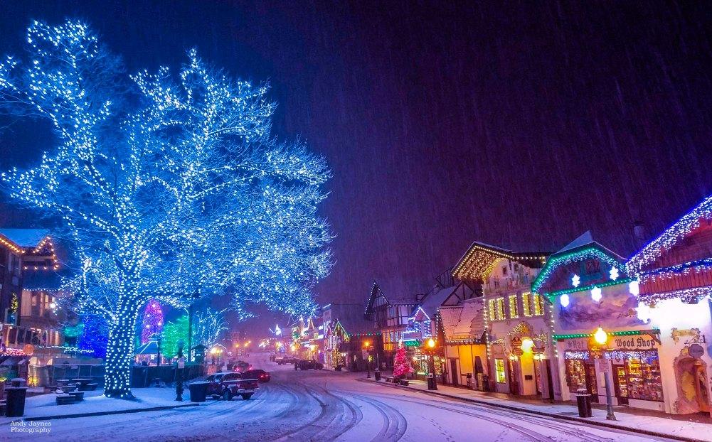 December - Front St