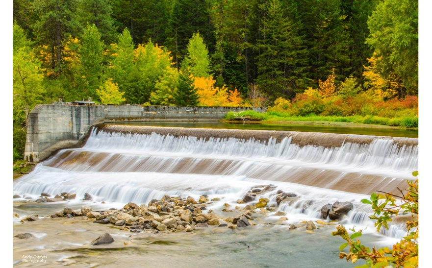 Fall Colors at Tumwater Dam - Oct 2018